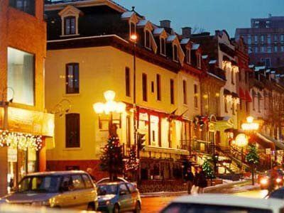 mini guide to montreal canada been there done that. Black Bedroom Furniture Sets. Home Design Ideas